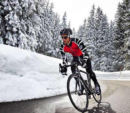 Assos cycling kit - featured